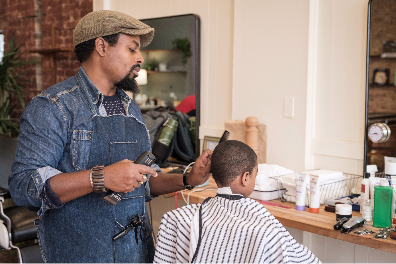 No Walk Ins No Magazines No Blowouts Salons Barber Shops Prepare To Reopen With New Safety Measures