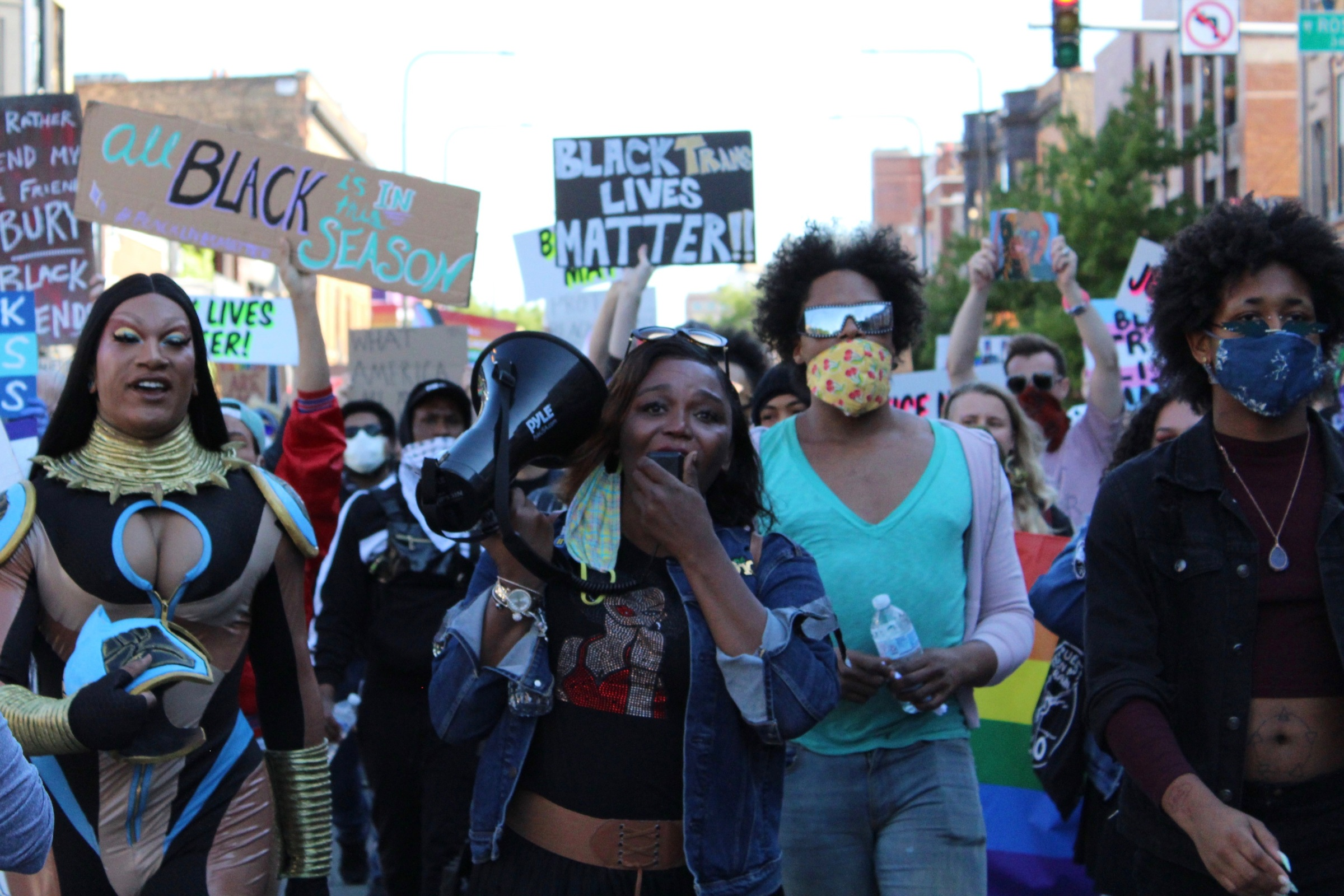 Zahara Bassett (center), a director at Brave Space Alliance, a Black- and trans-led LGBTQ center on the South Side, rallies protesters during the Drag March for Change.   Jake Wittich/Block Club Chicago