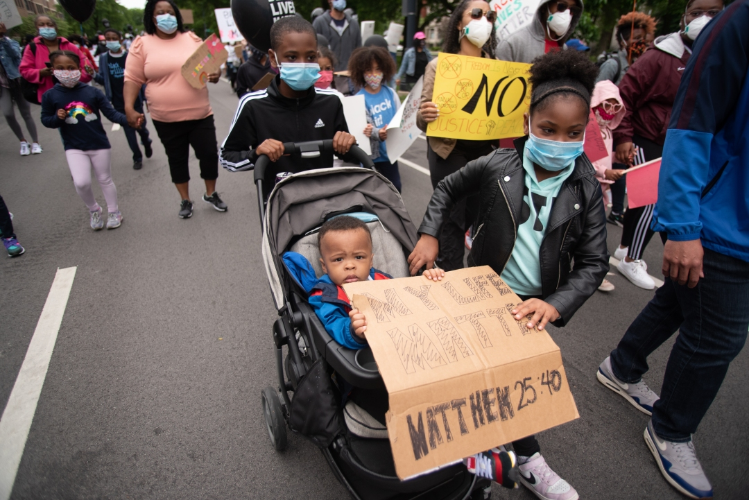 Chicagoans Do Protest Gun Violence And Organize For Safer Neighborhoods All The Time Here S How