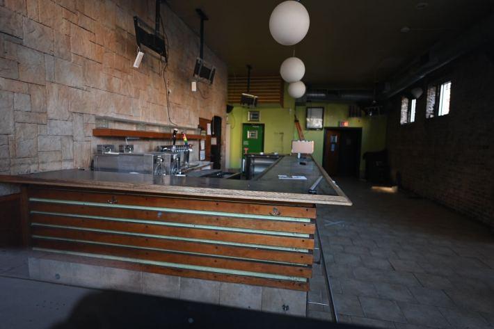Avenue Tavern