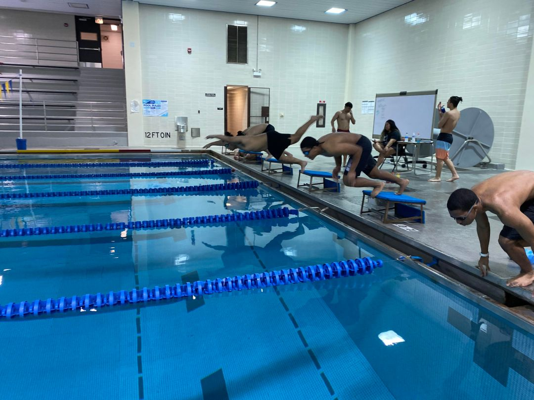 Humboldt Park's Roberto Clemente High School Brings Back Boys Swim Team After 25 Years Thanks To Alumna's Effort - Block Club Ch