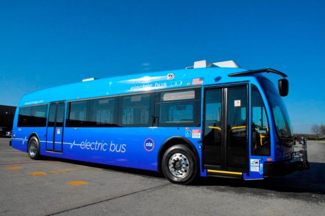 Electric CTA Buses Hit Chicago Streets — And More Coming In Years Ahea... image