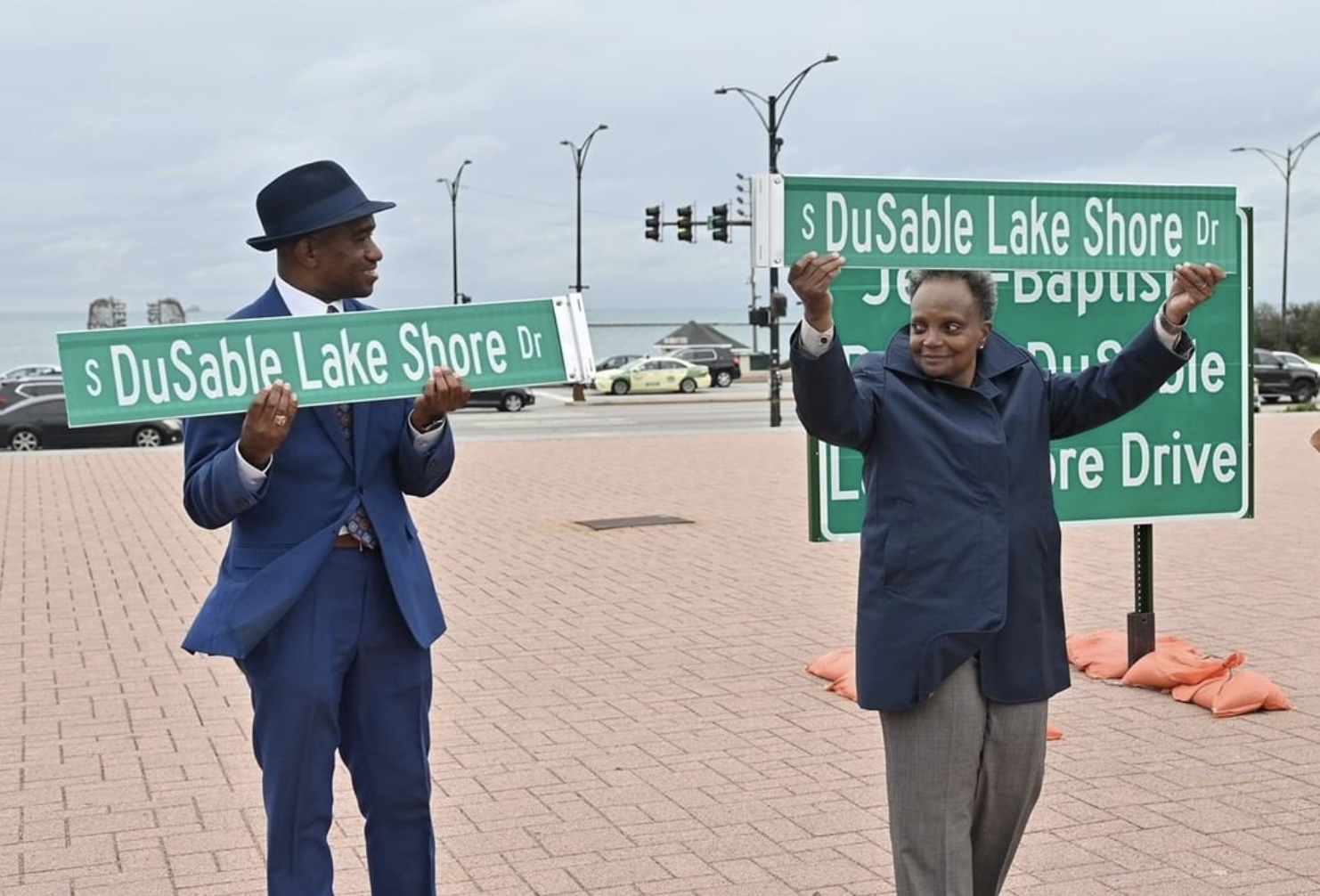Chicago Installing Highway Signs Renaming City's Lake Shore Drive After Black Settler
